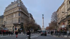 Monument des Girondins al fondo