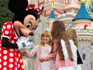 Pases Anuales para familias numerosas en Disneyland Paris