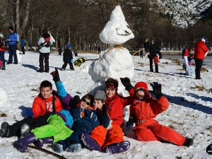 Semana Santa en la nieve con actividades para familias numerosas